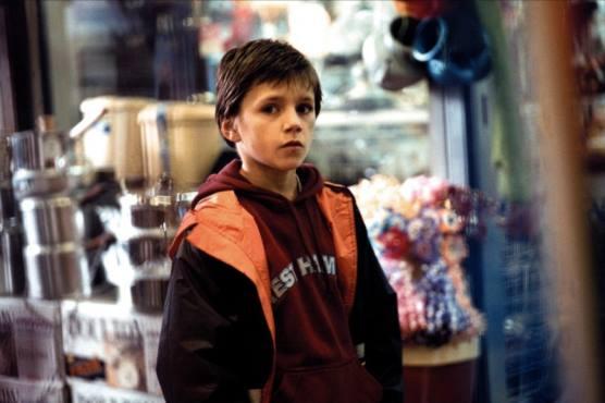 Harry Eden in Pure (2002)