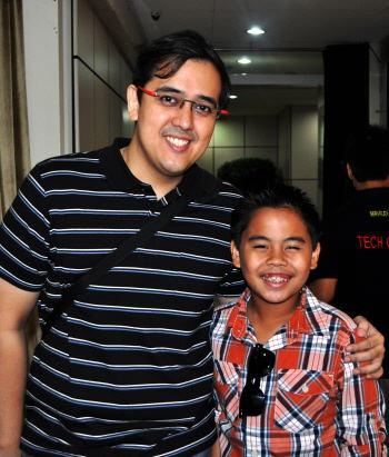 Sam backstage with agent Mr. Lorenzo Manalang