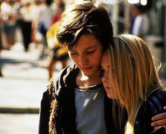 Jack(Jeff Bridges)and his girlfriend Molly (Tracey Kapisky)