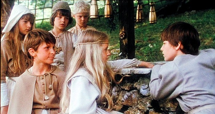 Mio ( Nick Pickard), Jum-Jum (Christian Bale) with other kids from The Land of Faraway