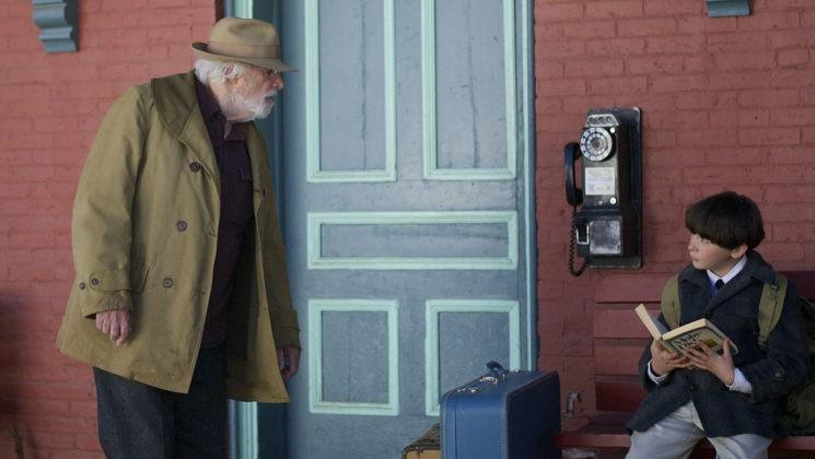 Austin (Seamus Davey-Fitzpatrick) meets his grandgather Austin Kittredge Sr.(Bruce Dern)